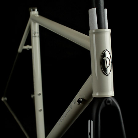Ti Road Racer / Ivory  53