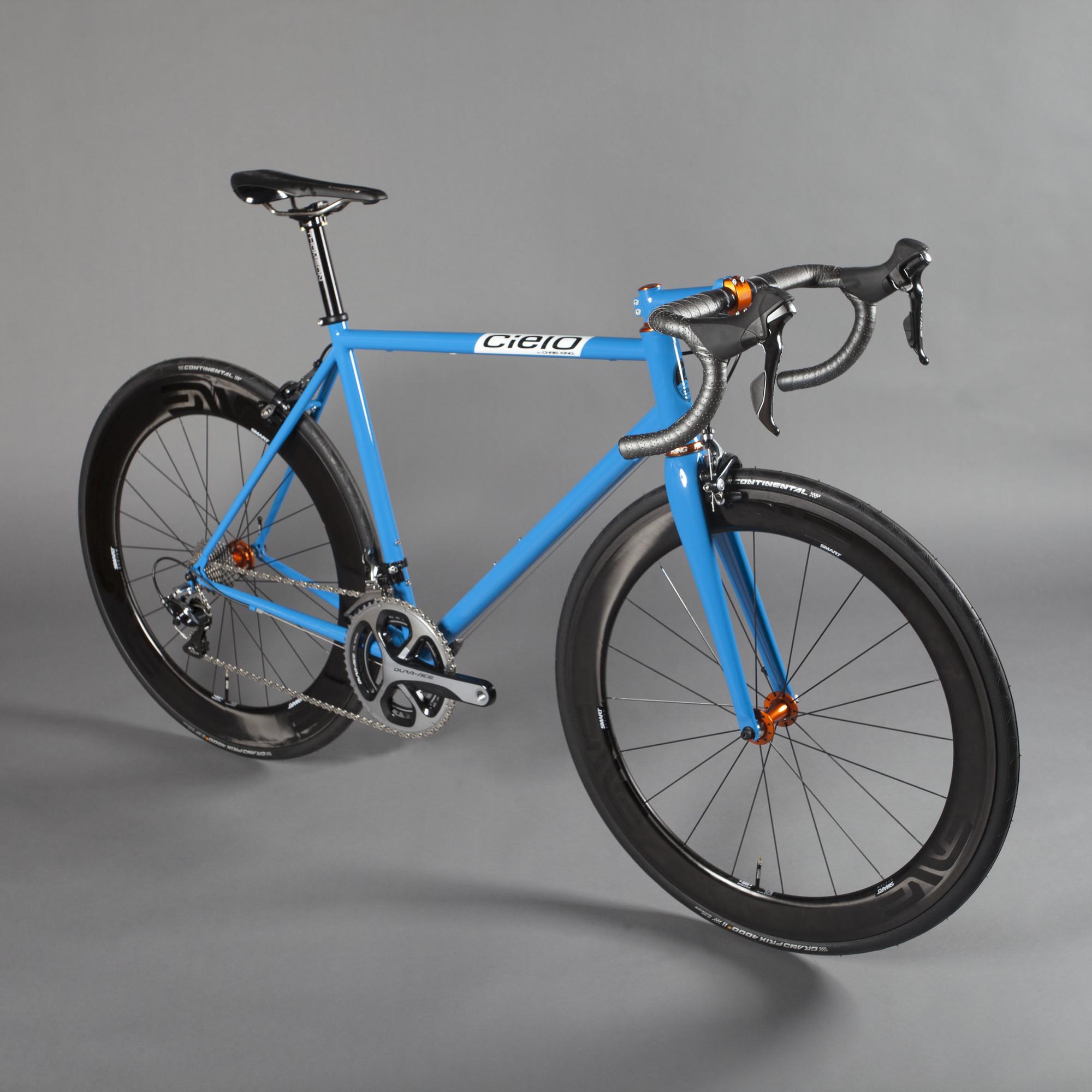 RS913_cielo_roadracer_azul_full-lpr